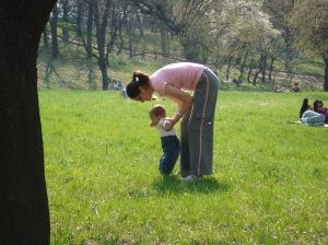 eliza merge cu mami